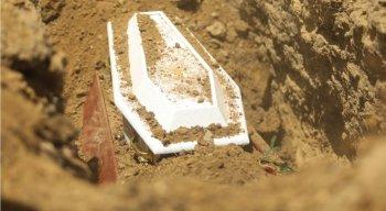O enterro foi no Cemitério Municipal Parque das Palmeiras