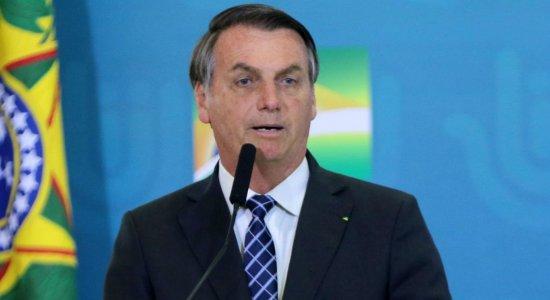Projeto que obriga SUS a disponibilizar sangue e remédios é vetado por Bolsonaro