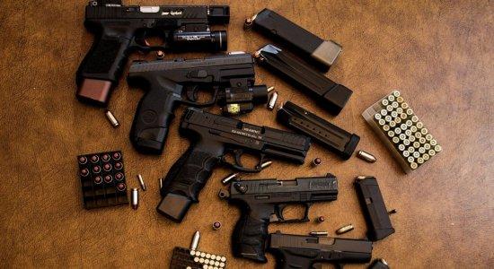 Dado representa um aumento no número de armas com a população