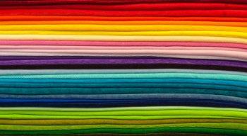 A colorimetria aponta quais tonalidades de cores mais combinam com a pele de cada pessoa