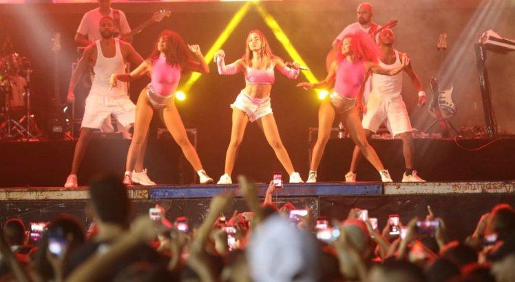 Entre as atrações teve Anitta, no Parador, no Recife