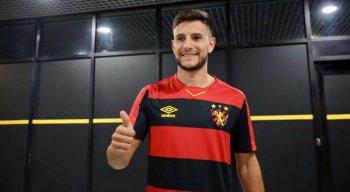 Leandro Barcia chega por empréstimo até o final do ano.