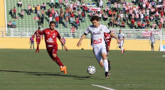 Santa Cruz fecha acordo para contratação do lateral-esquerdo Fabiano