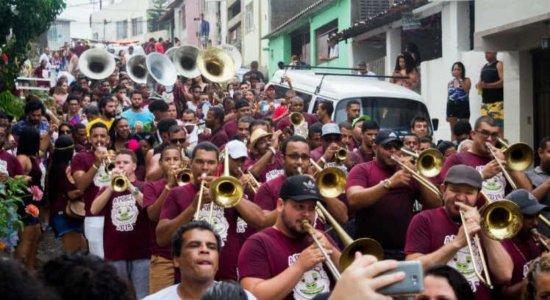 Carnaval: Ceroula e A Porca celebram aniversário com prévias em Olinda