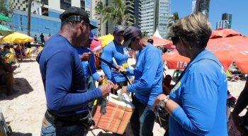 Os fiscais passarão pelas praias fiscalizando o material dos comerciantes por vários fins de semana