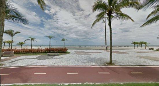 Homem é atropelado por trator em praia do litoral paulista