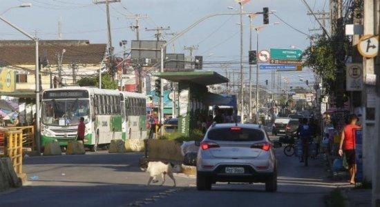 Obra na Presidente Kennedy, em Olinda, altera roteiro dos ônibus a partir da segunda-feira (26)