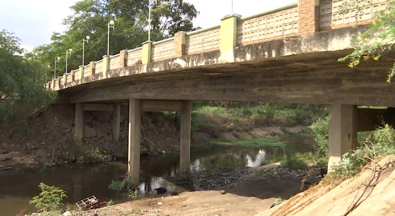 Ponte Nova tem problemas estruturais em Bezerros