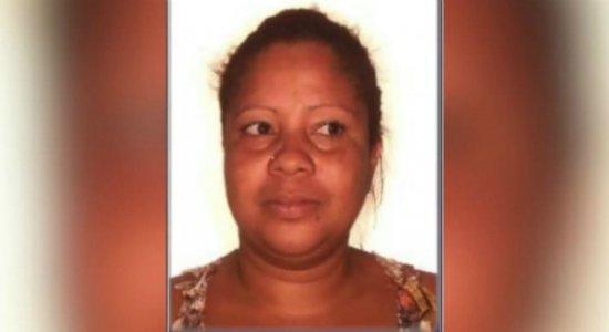 Mulher é arrastada de casa e encontrada morta em Jaboatão