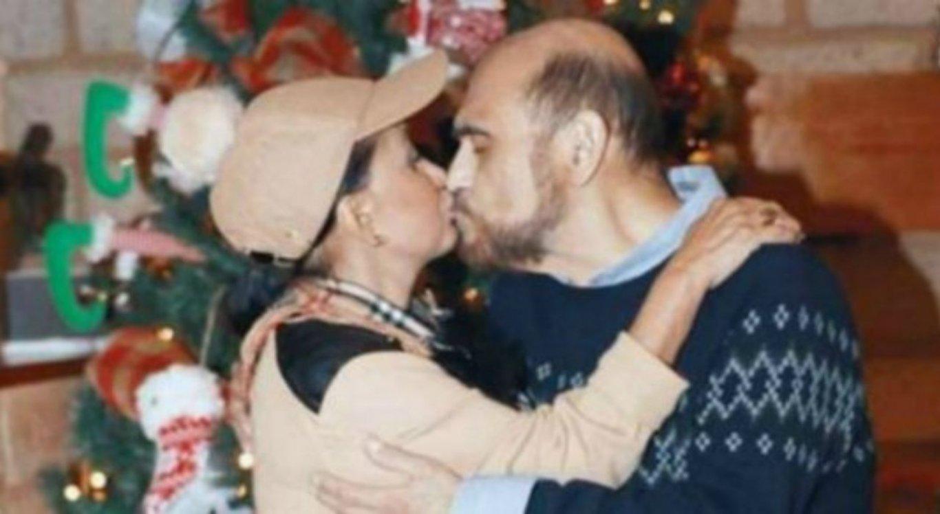 Beijo viralizou nas redes sociais e chamou a atenção dos internautas