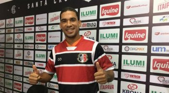 Toty comemora retorno ao Recife e oportunidade de jogar diante de sua família