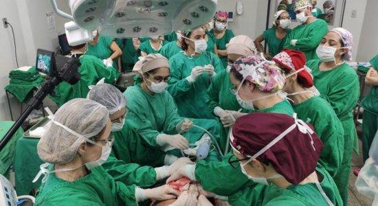 Parto de bebê mobilizou 50 profissionais para realização da cirurgia