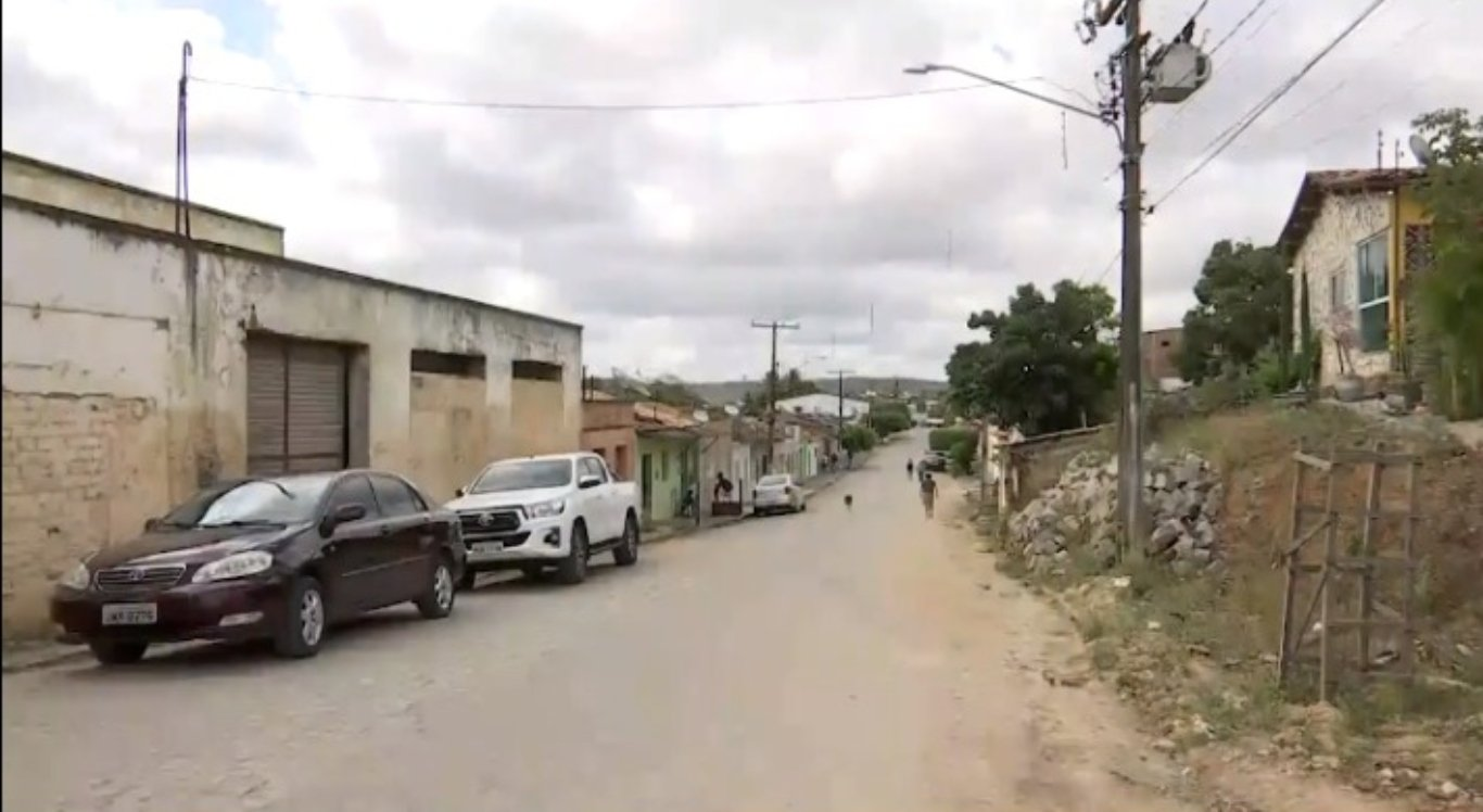 Assalto ocorreu na residência do casal em Canhotinho