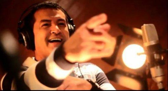 Beto Barbosa explica mal estar durante show e diz: ''gostaria de morrer cantando''