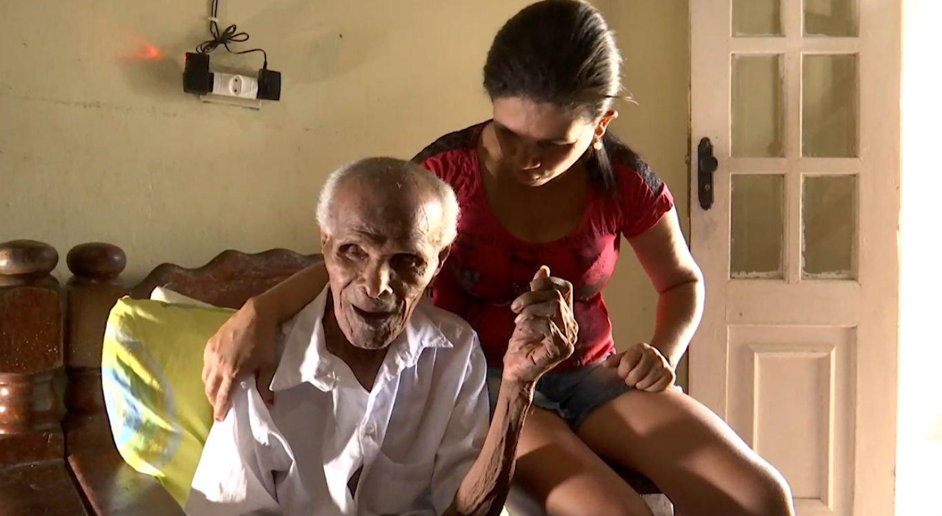 Davino Gomes tem 118 anos e é uma das pessoas mais velhas do mundo