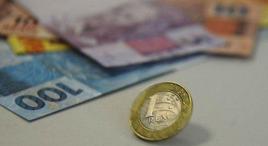 Salário mínimo pode ser reajustado em mais R$ 6 e passar para R$ 1.045