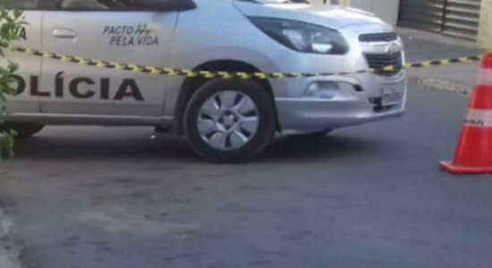 Crime aconteceu no centro de Lajedo, no Agreste