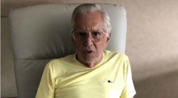 Carlos Alberto de Nóbrega está internado desde o último domingo (12)