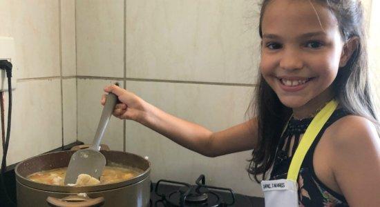 Dafne Tavares quer mostrar habilidades culinárias no Mini Chef