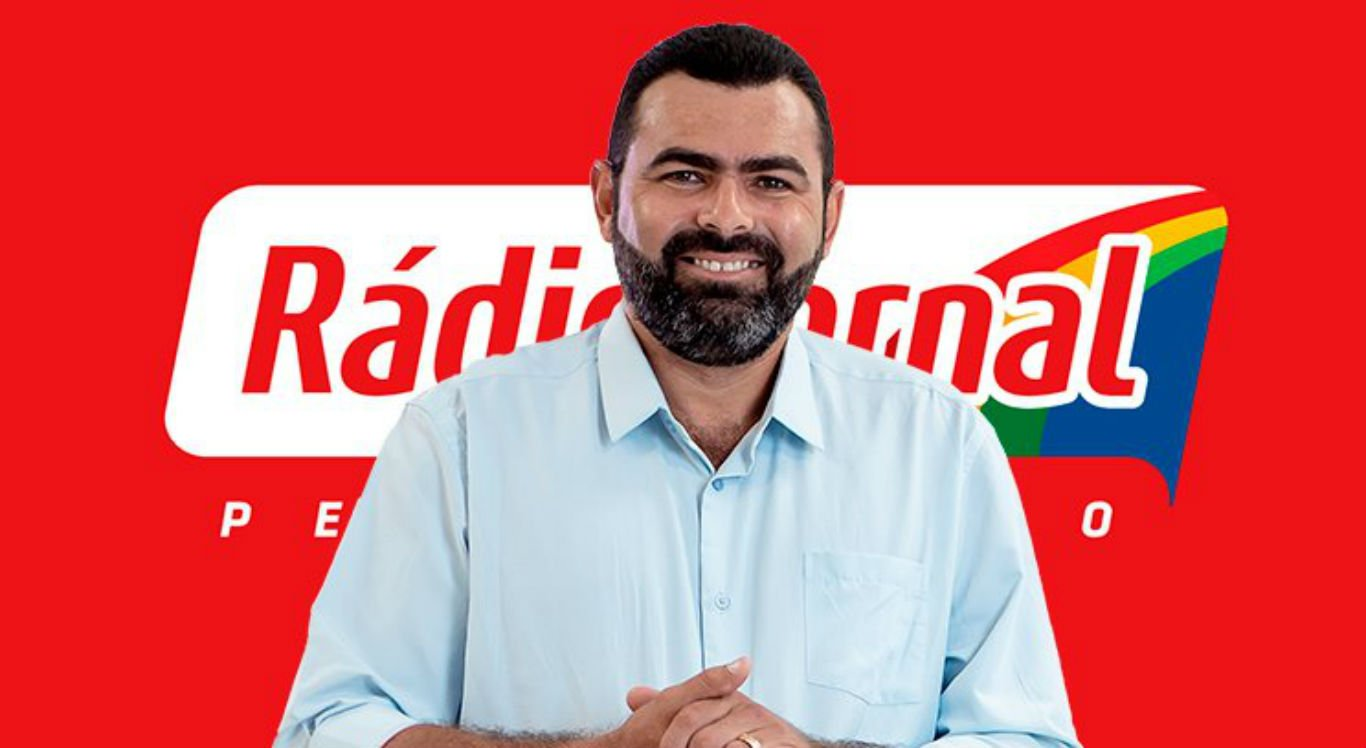 Narrador Rogério Silva agora faz parte do Escrete de Ouro da Rádio Jornal Caruaru