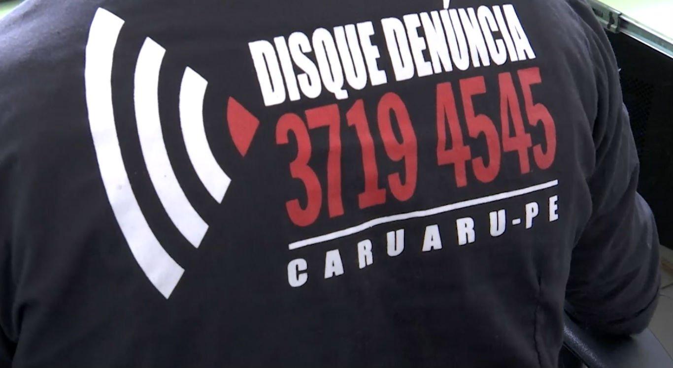População pode entrar em contato com o Disque Denúncia através do número (81) 3719.4545