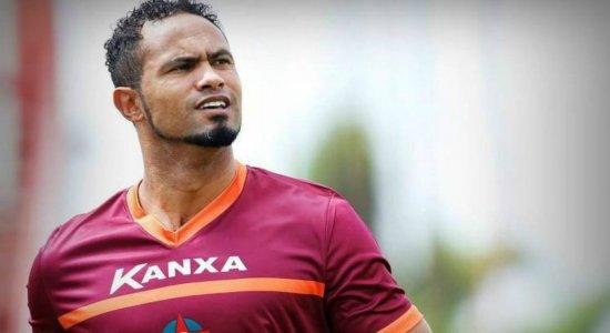 Time rival do Santa Cruz na Copa do Brasil desiste de contratar goleiro Bruno