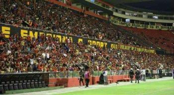 Os torcedores do Sport guardam as lembranças dos títulos da Copa do Nordeste