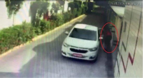 Polícia divulga imagens de suspeita em aplicar 'Boa noite, Cinderela' e roubar 8 mil reais