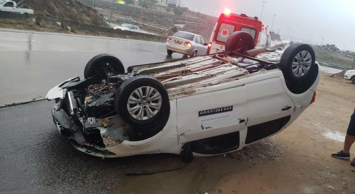 Acidente aconteceu na BR-232, em Caruaru
