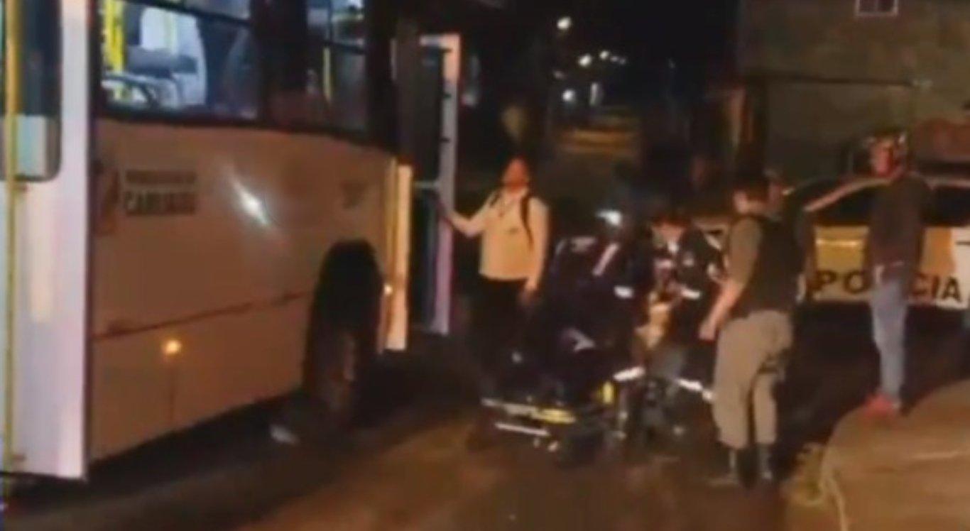 Motorista é baleado dentro de ônibus em Caruaru