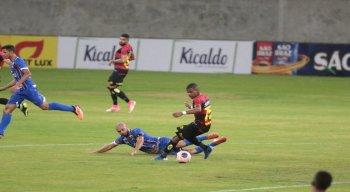 Jogando na Arena de Pernambuco, Sport fica no empate com o Vitória das Tabocas