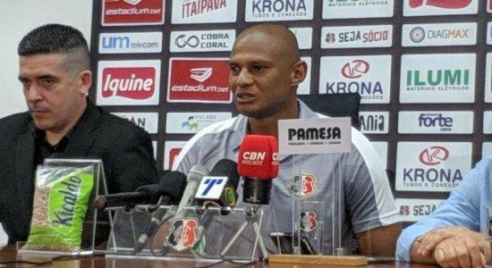 Tiago Cardoso confirma aposentadoria do futebol