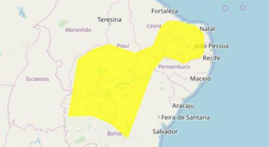 Inmet alerta para chuvas intensas em mais de 30 cidades de Pernambuco