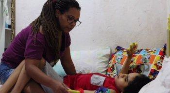 O pequeno João Pedro, de 9 anos, sofre com crises convulsivas desde os 10 meses de vida