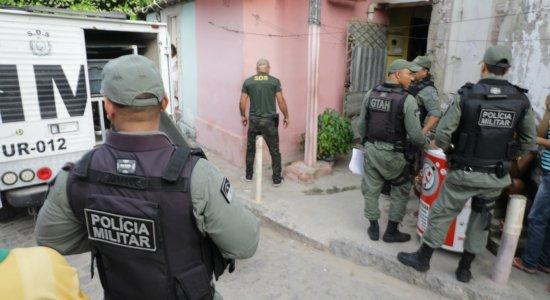 Feminicídio: mulher é morta com quatro facadas e companheiro é suspeito