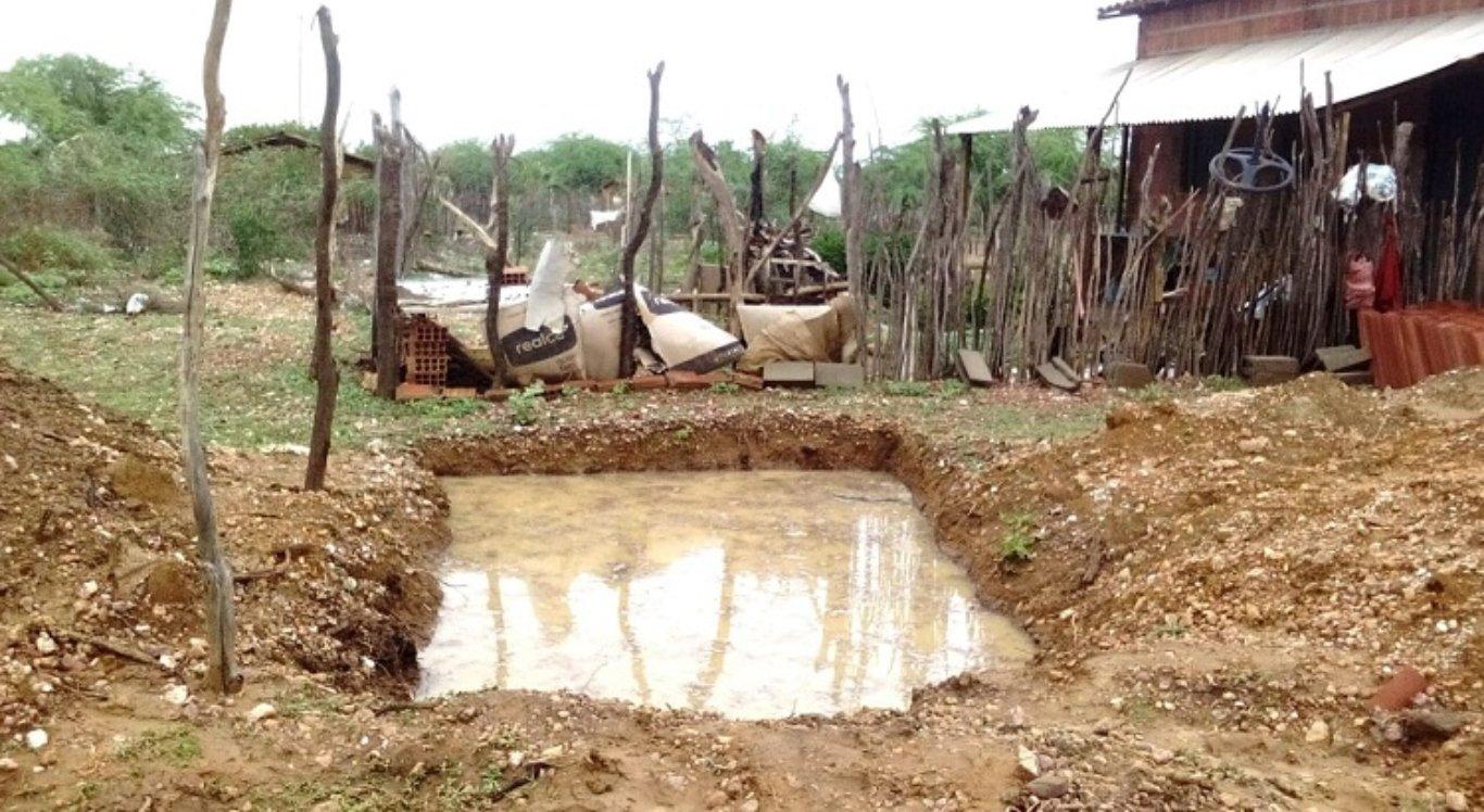 Criança morre afogada em fossa no Sertão