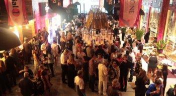 Cerca de 400 pessoas marcaram presença no evento.