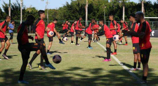 Treinos de futebol profissional podem voltar dia 15 de junho em Pernambuco