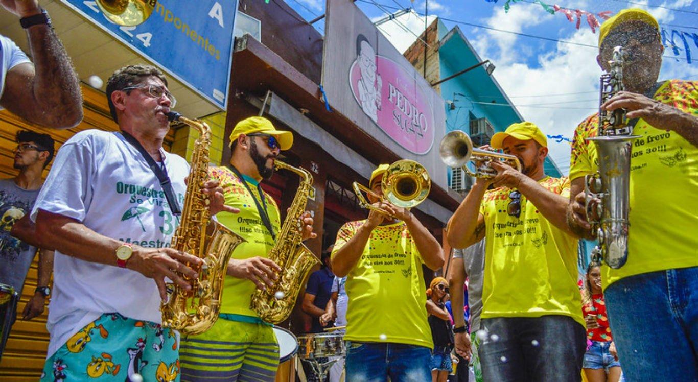 Grupos carnavalescos devem fazer atualização cadastral
