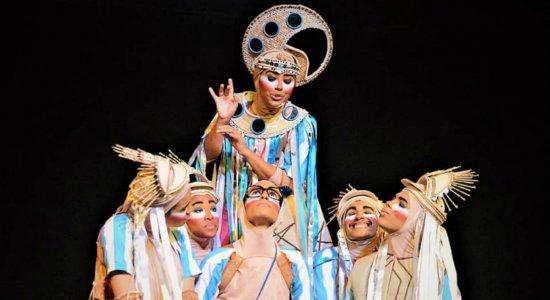 Sábado de carnaval, dança e teatro no Janeiro de Grandes Espetáculos