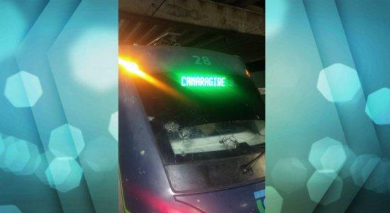 Homem morre atropelado por trem do metrô do Recife