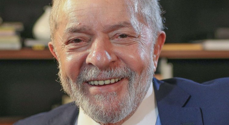 Lula foi entrevistado pelo portal UOL