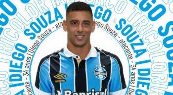 Diego Souza foi anunciado pelo Grêmio na manhã desta terça-feira.