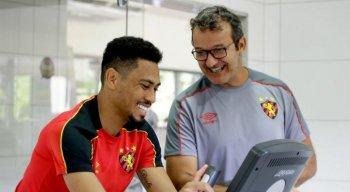 Hernane treina normalmente desde o dia 14 e deve figurar lista de relacionados diante do Central.