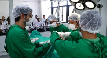 Alunos da Faculdade de Medicina da Uninassau são alocados para o Hospital dos Servidores