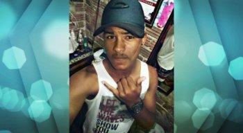 O jovem ainda foi socorrido, mas chegou sem vida à unidade de saúde da cidade