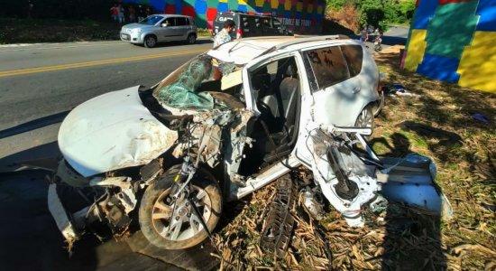 Homem morre em capotamento de carro no Cabo de Santo Agostinho