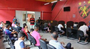 O torcedor do Sport pode se associar na Sede do clube, na Loja Cazá do Sport do Shopping Recife ou pelo site.