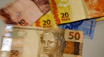 Valor do salário mínimo foi fixado pelo governo em R$ 1.045