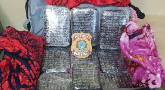 PF prende mulher com 10 kg de cocaína no Aeroporto do Recife